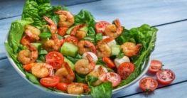 Low Carb Shrimps Salat